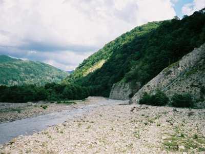 Отдых в Аше, долина реки Аше, водопады Аше